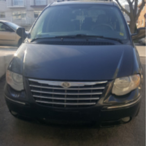 2007 Chrysler Town & Country Limite Familiale