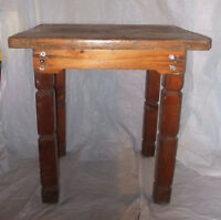 TABLE UTILITAIRE ANTIQUE EN PIN