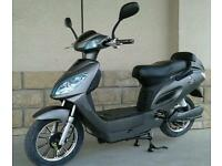 EAPC Electric Scooter E Bike Moped 250W - 48V LITHIUM-ION BATTERY