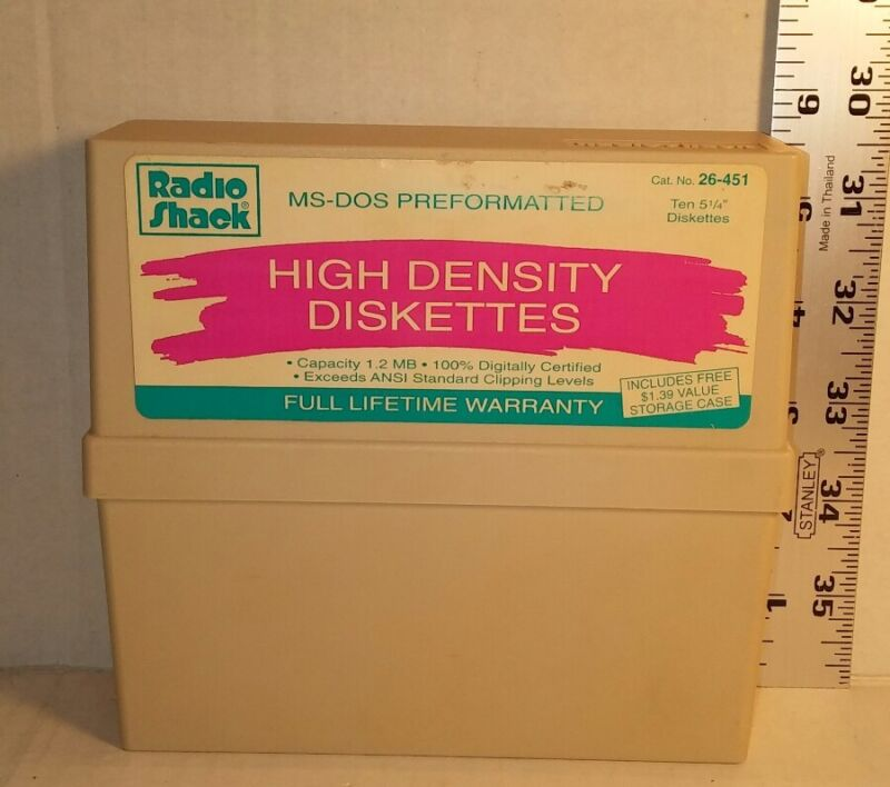 Radio Shack High Density 5.25 Diskettes 10 Pack & Storage Case 1.2 MB Pre-owned