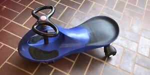 Swing car swivel slider kids ride on