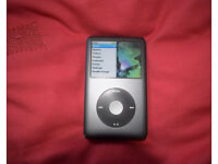 iPod Classic 120Gb black, good condition, with box and cable
