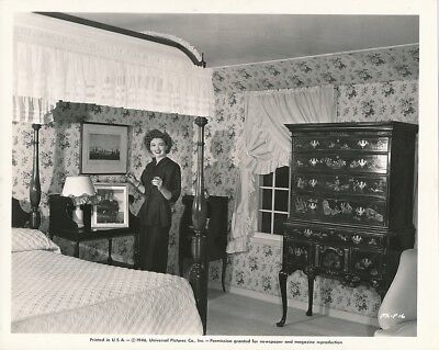 MYRNA LOY Original CANDID Pacific Palisades Home Vintage Universal Studio Photo, used for sale  Shipping to Canada
