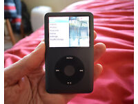 iPod Classic 160Gb black, very good condition, with box, cable and leather case