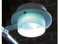 2 Solar Gutter Lights Brand New (online shop)
