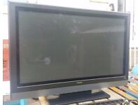 HITASHI FLAT SCREEN TV