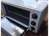 Portable camping oven - never used