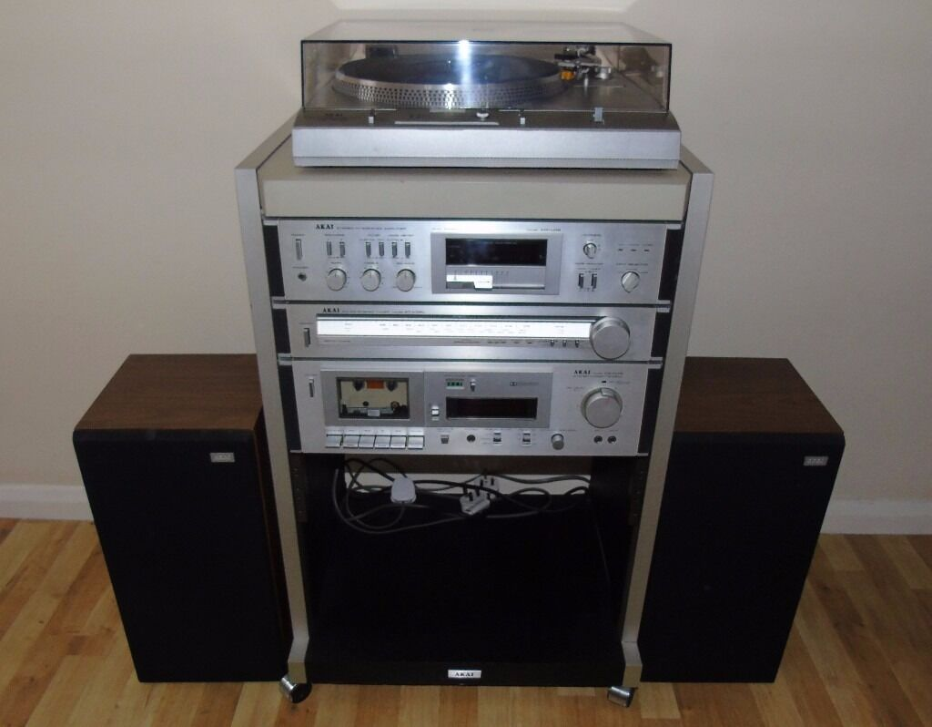 akai am u02 hifi system with turntable amplifier tuner. Black Bedroom Furniture Sets. Home Design Ideas