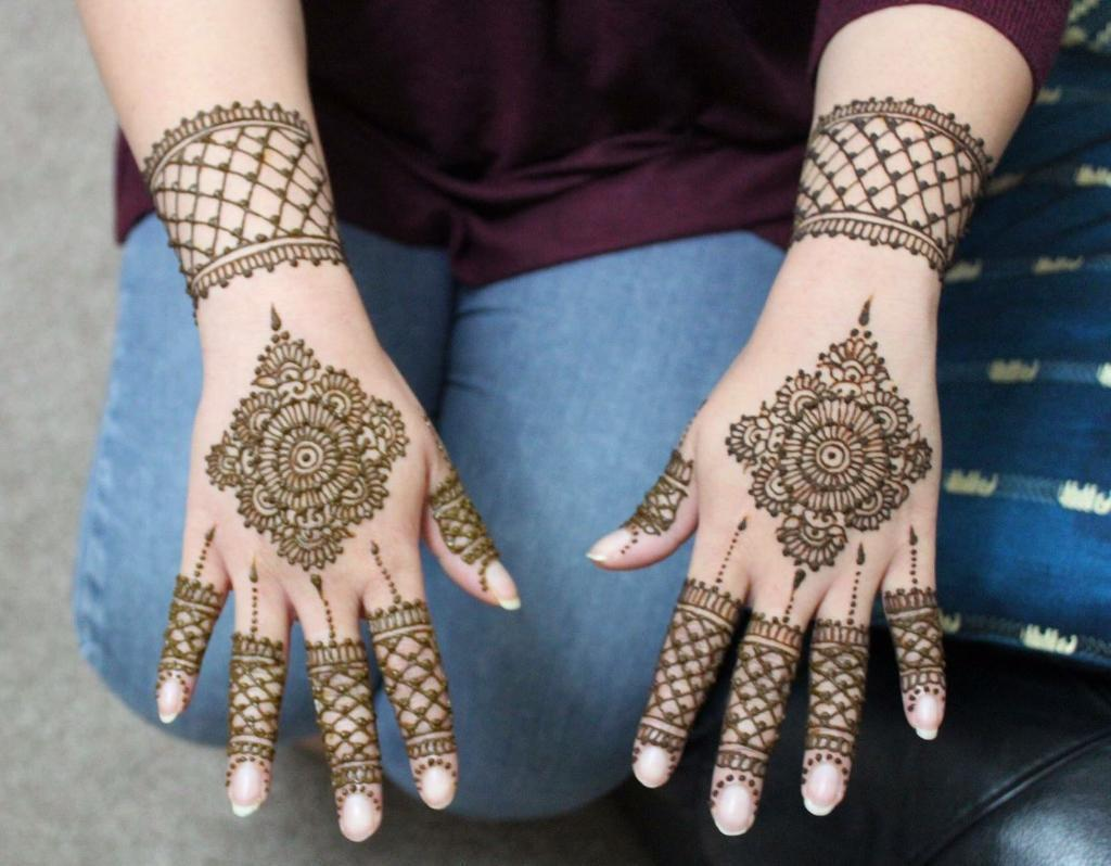 Bridal Mehndi West Midlands : Professional henna mehndi artist in liverpool merseyside
