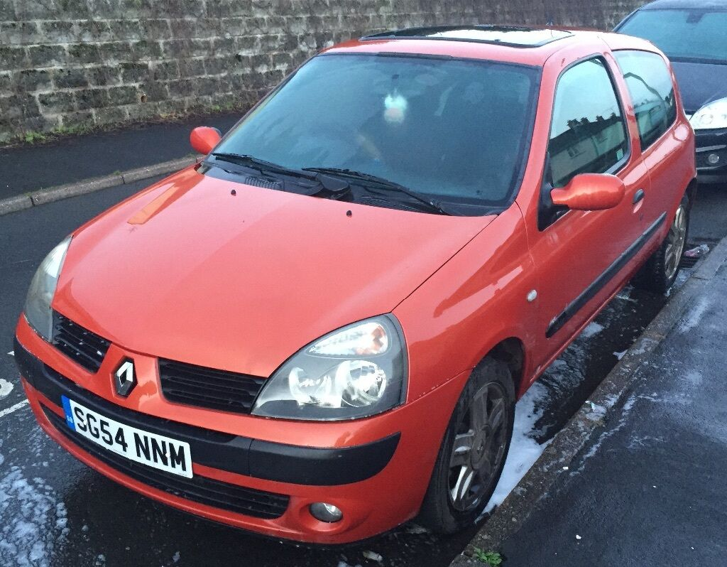 renault clio 1 2 16v extreme 2004 orange in crediton devon gumtree. Black Bedroom Furniture Sets. Home Design Ideas