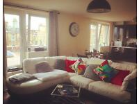 White Leather Sofa. DFS. 5 Years old. No Damage.