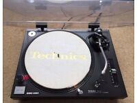 1 X Technics SL-1210 Mk2 Turntable With Original Lid & Technics Needle