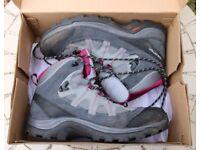 Walking Boots - Women's 7.5 - Salomon Authentic LTR GTX