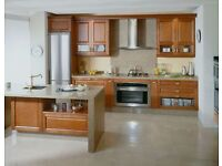 kitchen and bathroom fitters espanish and portuguese team