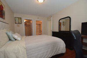 Warm, inviting 2 bedroom near the Public Gardens