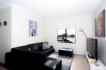 Spacious 2 x 1 apartment in the heart of North Perth North Perth Vincent Area Preview