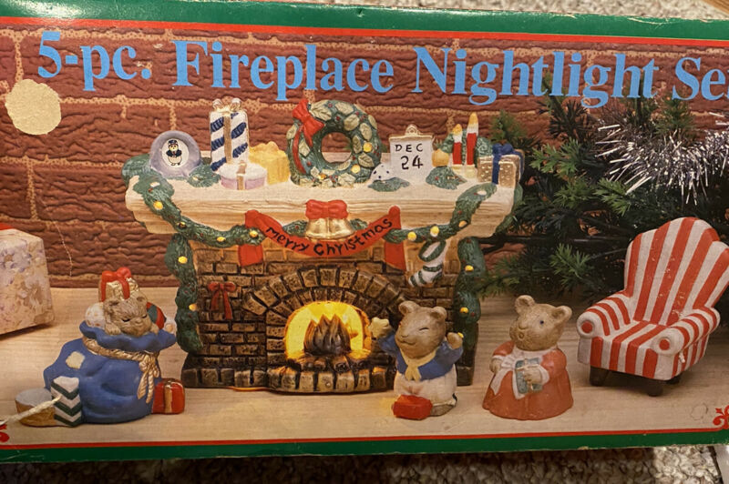 24 days till Christmas Mice by the Fireplace Light-up detailed chimney set!