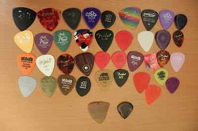 types of guitar picks finding your pick of destiny ebay. Black Bedroom Furniture Sets. Home Design Ideas