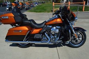 2014 HD Electra Glide Ultra Limited FLHTK Whiskey and black