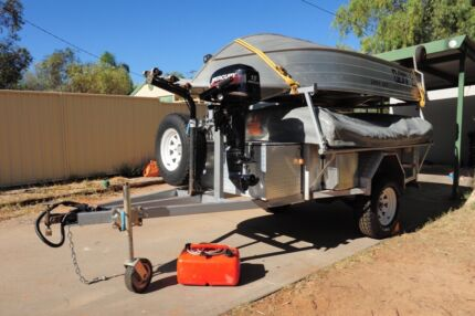 3 Dog Off Road Camper Trailer and Tinny