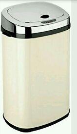 Dihl 30 Litre Stainless Steel Rectangle Sensor Bin, Cream
