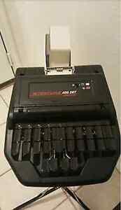 Stentura 400SRT Steno machine