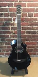 Guitare acoustique Yamaha APXT2 3/4 MINT comme neuve avec gig bag ( i013446 )