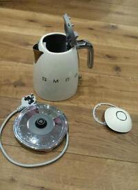 Used cream smeg kettle