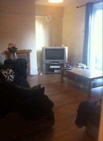Room to rent in sociable shared house :)