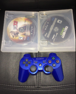 PS3 BLUE CONTROLLER, 2 GAMES WWE12/CALL OF DUTY MW3
