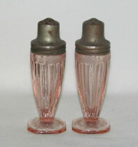 Jeannette Glass Co. ADAM PINK Pair of Footed Salt and Pepper Shakers