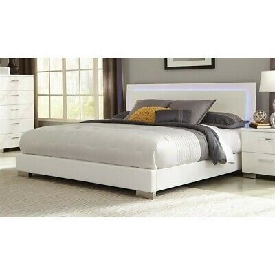 Coaster Felicity King Lighting Bed in High Gloss White