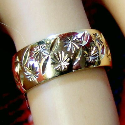 9 ct GOLD second hand fancy band ring