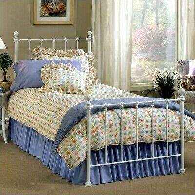 Hillsdale Molly Metal Bed in White-Twin - Molly White Bed