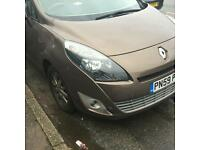 Renault grand scenic 59 7 seater cat d repaired