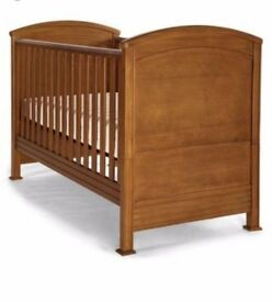 MAMAS AND PAPAS SUMMERHOUSE COT BED +/- MATTRESS with instructions