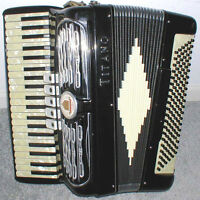 ACCORDION LESSONS!  GET RESULTS! BEGINNERS WELCOME!