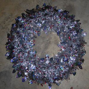 Silver wreath, good condition Kitchener / Waterloo Kitchener Area image 1