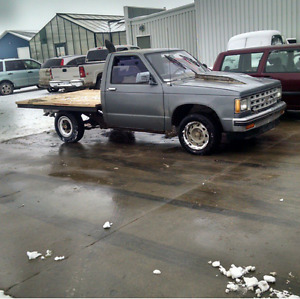 Looking for a square body s10