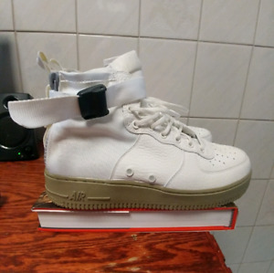 Nike Air Force 1 Mid SF size 9