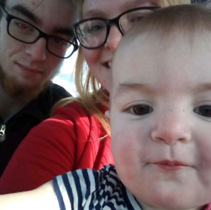 Family of 3 looking for 2 bedroom