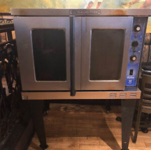 """""""Baker's Pride"""" Commercial Convection Oven"""