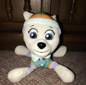 """Paw Patrol 8"""" Plush Everest by Spin Master"""