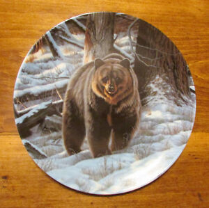 "Vintage ""THE GRIZZLY BEAR"" Plate by Paul Krapf Kitchener / Waterloo Kitchener Area image 4"