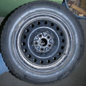 4 Winter Tires & Rims (215/60/R17) Bridgestone Blizzak