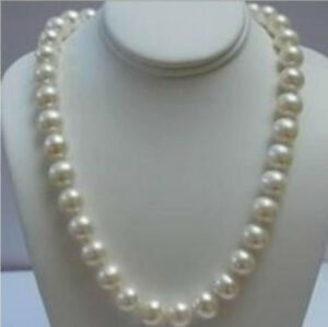 14K Solid Gold Clasp 9-10 MM White Akoya Pearl Necklace