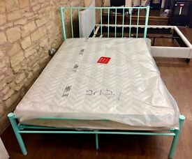 BRAND NEW 4FT 6 METAL FRAME DOUBLE BED IN TURQUOISE BARGAIN !!!!