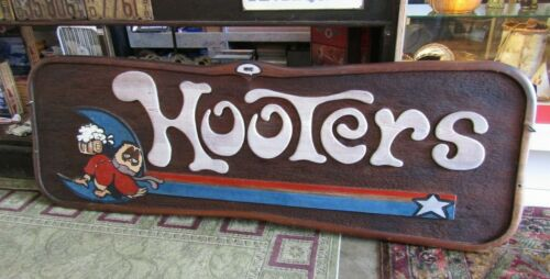 Vtg 84 x 26 Carved Relief Wood Sign Hooters Tipsy Owl MP47