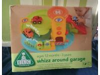 Elc whizz around garage with three magnetic cars