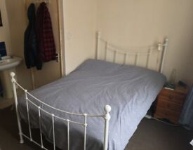 Double room to rent in Canterbury city center